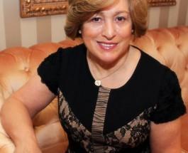 Mrs. Ester Bezerra